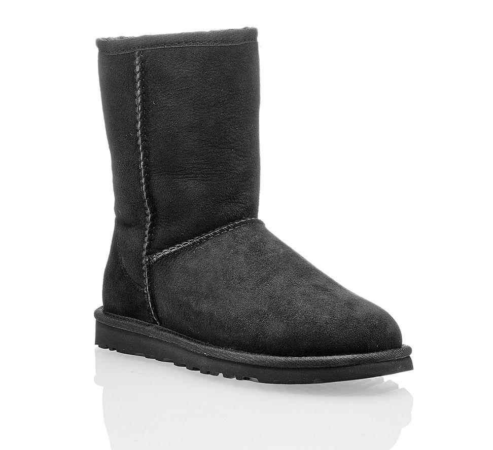ugg classic short damen boot in schwarz von ugg im online shop kaufen. Black Bedroom Furniture Sets. Home Design Ideas