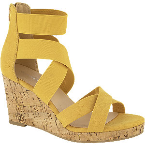 Gele sandalette sleehak