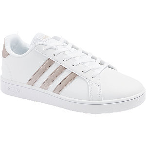 Levně Bílé tenisky Adidas Grand Court
