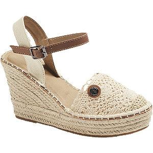 Levně Béžové sandály na klínovém podpatku Tom Tailor
