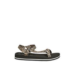 Levně Hnědé sandály se zvířecím vzorem Vero Moda