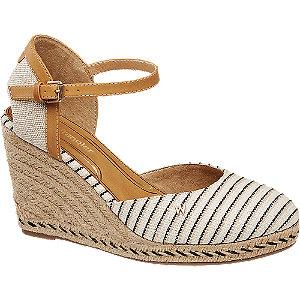 Levně Krémově hnědé plátěné sandály na klínku Wrangler