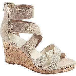 Levně Světle béžové sandály na klínku Graceland