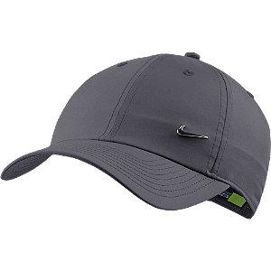 Levně Tmavě šedá kšiltovka Nike Swoosh Cap