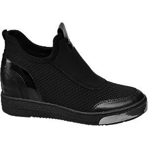 Zwarte sneakers sleehak