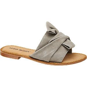 Levně Šedé kožené pantofle Vero Moda