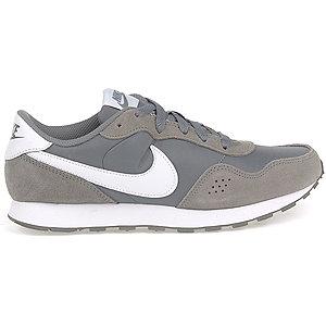 Levně Šedé tenisky Nike Md Valiant