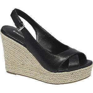 Levně Černé sandály na klínku Graceland