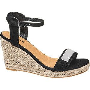 Levně Černé sandály na klínku Mexx
