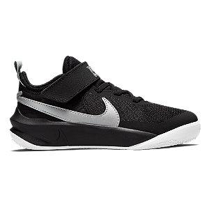 Levně Černé tenisky na suchý zip Nike Team Hustle D10