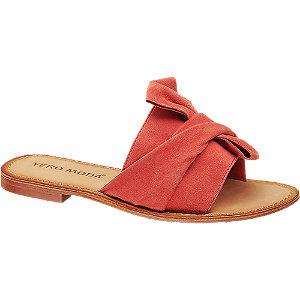 Levně Červené kožené pantofle Vero Moda