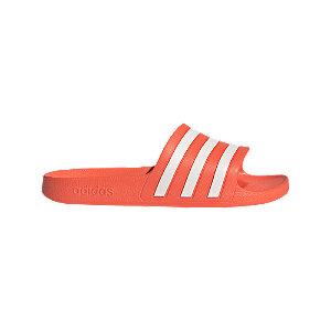 Levně Červené pantofle adidas