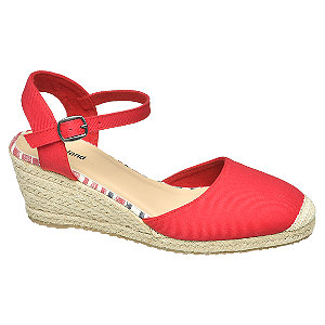 Levně Červené sandály na klínovém podpatku Graceland