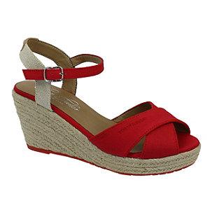Levně Červené sandály na klínovém podpatku Tom Tailor