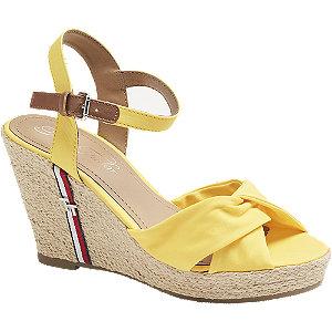Levně Žluté sandály na klínovém podpatku Tom Tailor