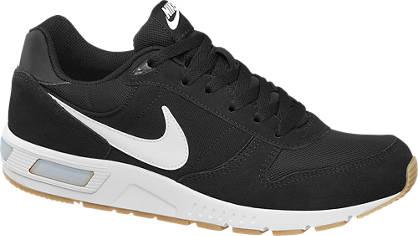 Nike Fekete férfi NIGHTGAZER sportcipő