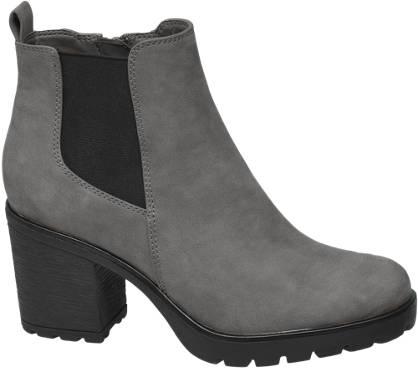 Graceland Heeled Chelsea Boot