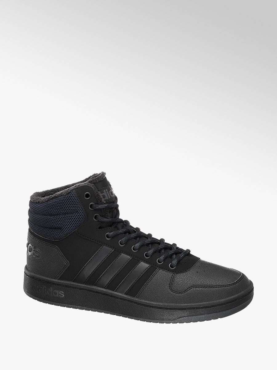 Ordinare sneaker di tendenza nello shop online di Dosenbach