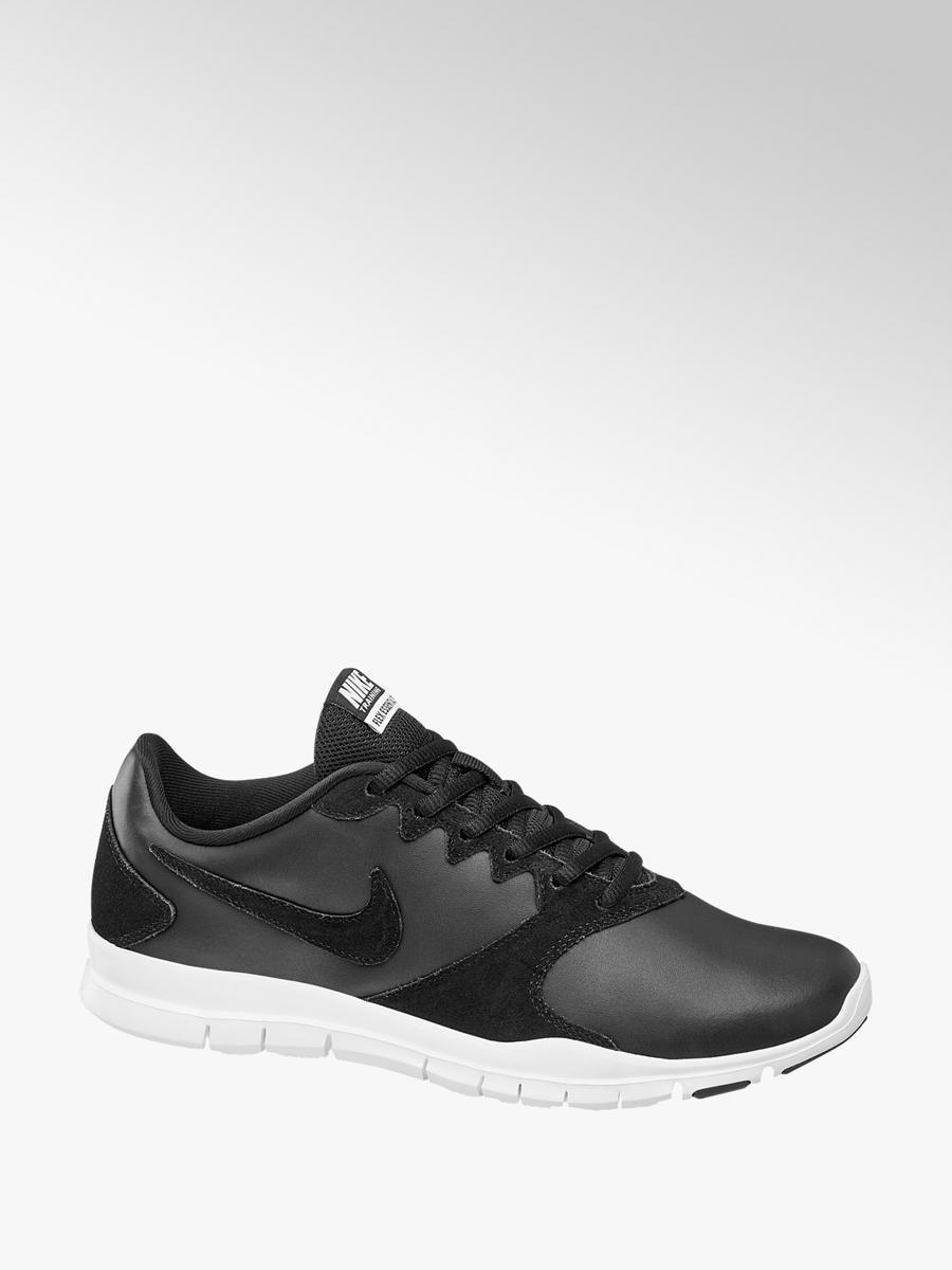 Shoppa Nike Flex TR Essential Dam i en Svart färg | JD