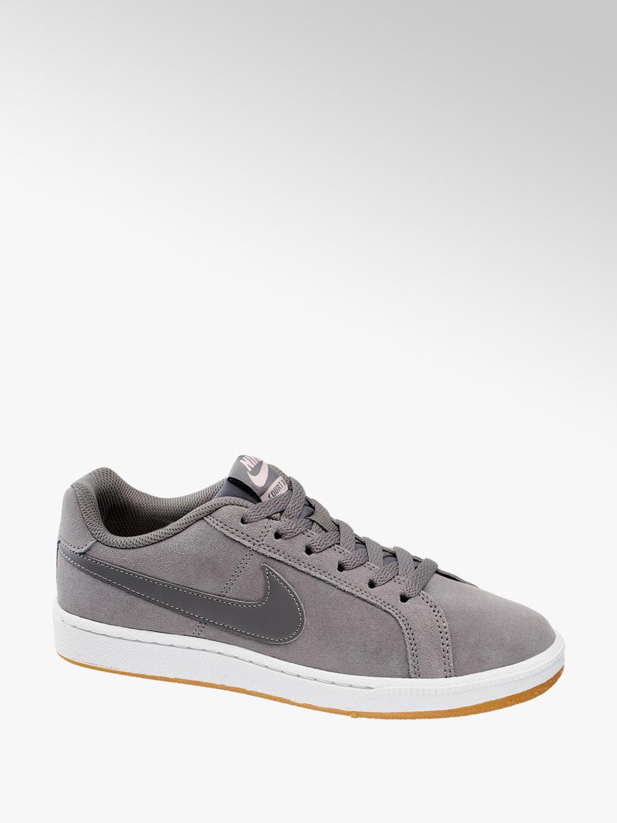 quality design 7e1f2 c741e Damen Leder Sneakers COURT ROYALE von NIKE in grau ...