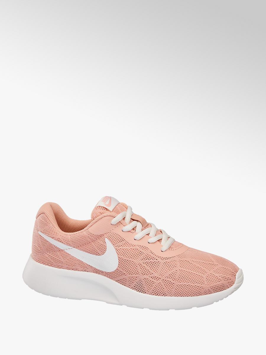 quality design 64318 964ca ... germany damen sneakers tanjun se von nike in coral deichmann 0d843  dafba ...