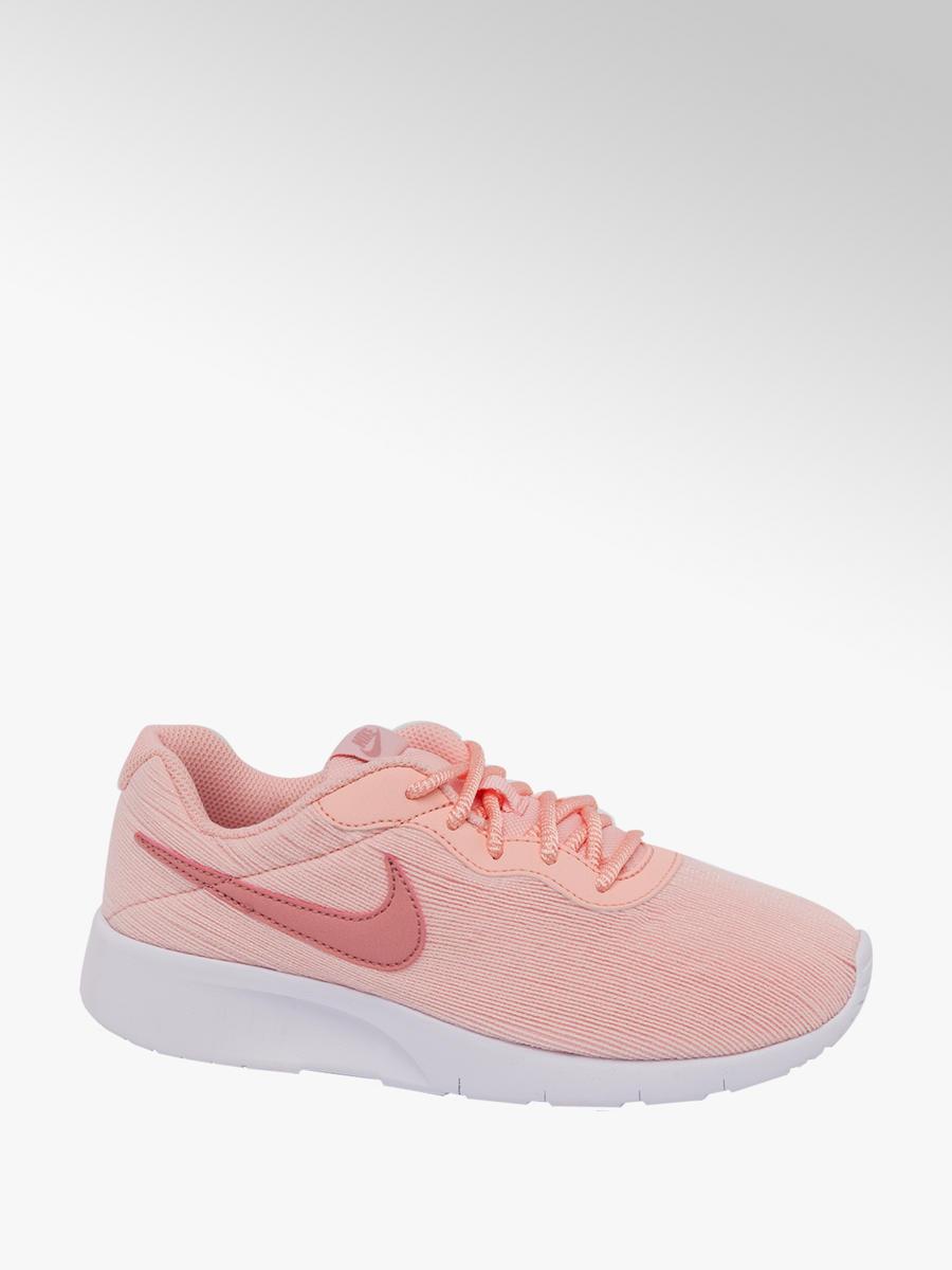 9cd5cccbed Girls' Nike Tanjun Trainers in Pink | Deichmann