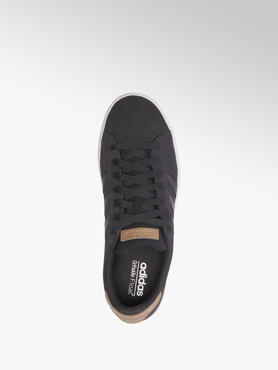 68c1d26e885 Grijze adidas Daily 2.0