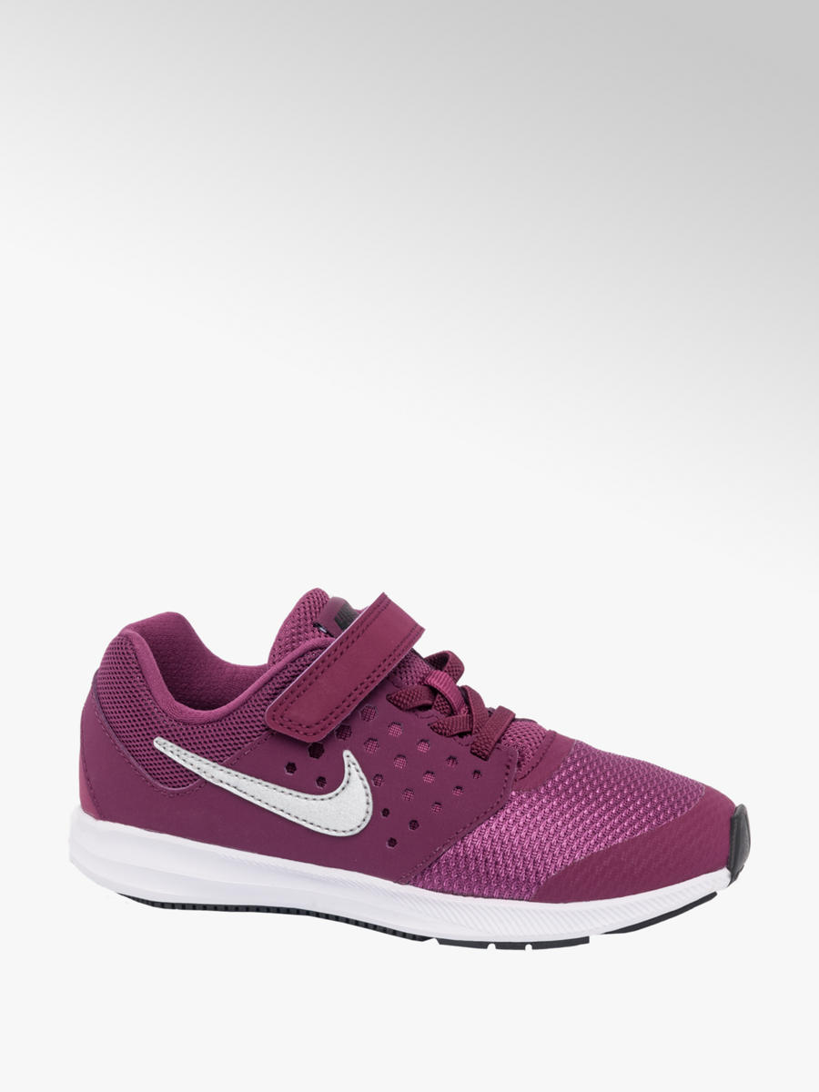 2abc2f18ceb4b Liven up your kicks with this pair of Nike Downshifter 7 junior ...