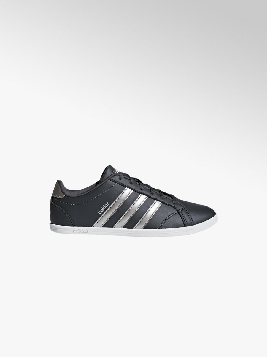 4f0c2530 Markowe sneakersy damskie adidas Coneo QT - 1820525 - deichmann.com