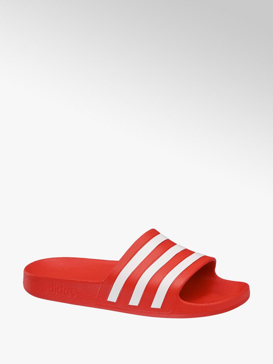 d456bda38be Pantofle Adilette Aqua značky adidas v barvě červená - deichmanAn.com