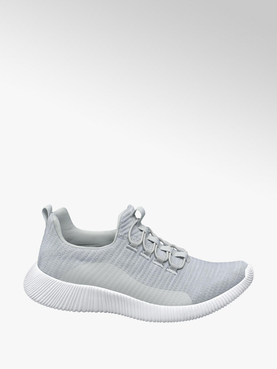 detaillierter Blick zu Füßen bei Modern und elegant in der Mode Damen-Fitness- & Laufschuhe Schnüren Memory Foam Turnschuhe ...