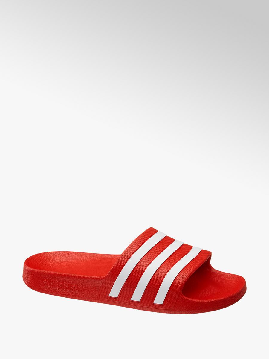 46864099c Šľapky Adilette Aqua značky adidas vo farbe červená - deichmann.com