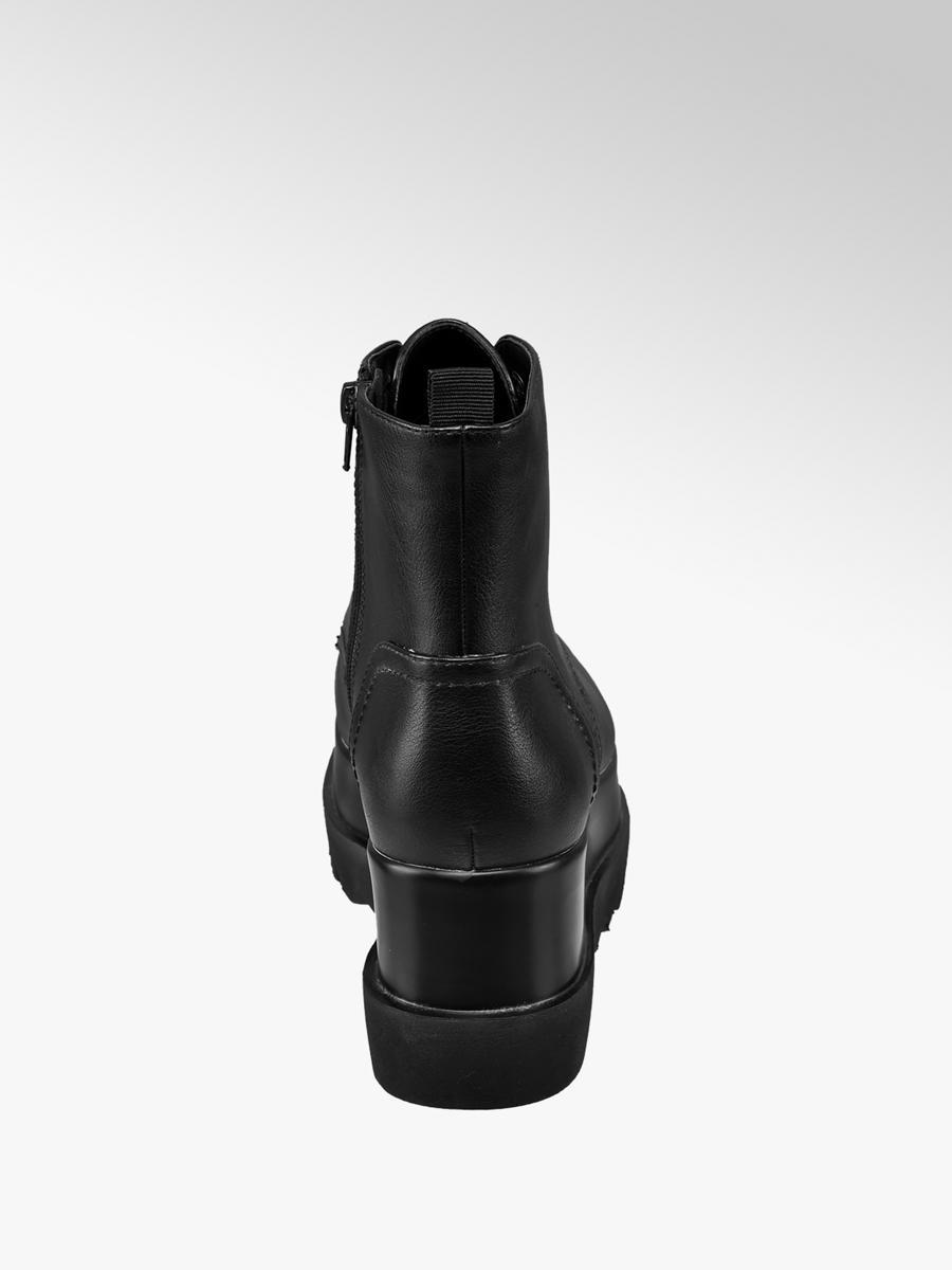 Šněrovací obuv na platformě značky Graceland v barvě černá ... cbfd7fc925
