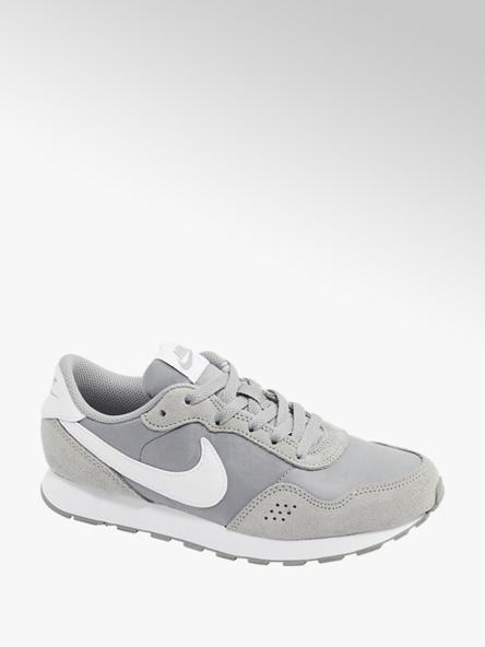 NIKE MD Valiant Sneaker