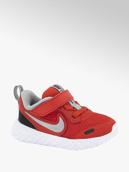 Nike Rode Revolution 5