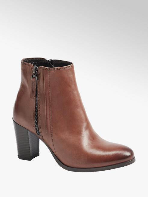 5th Avenue Tan Leather Heeled Ankle Boots