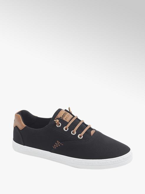 Bench Leinen Slip On Sneaker in Schwarz