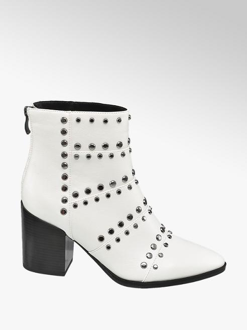 Star Collection Bílé nízké kozačky Rita Ora