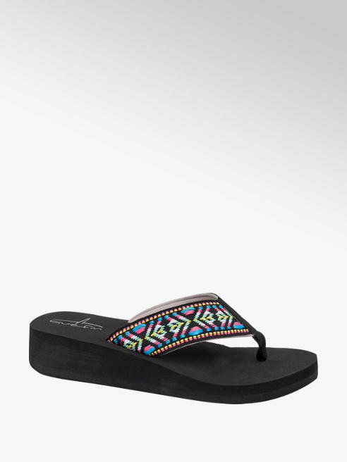Blue Fin Ladies Blue Fin Black Embroidered Wedge Sandal