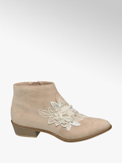Catwalk Boots mit Blumen-Applikation