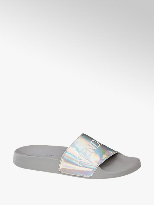 Kendall + Kylie Ezüst hologramos papucs