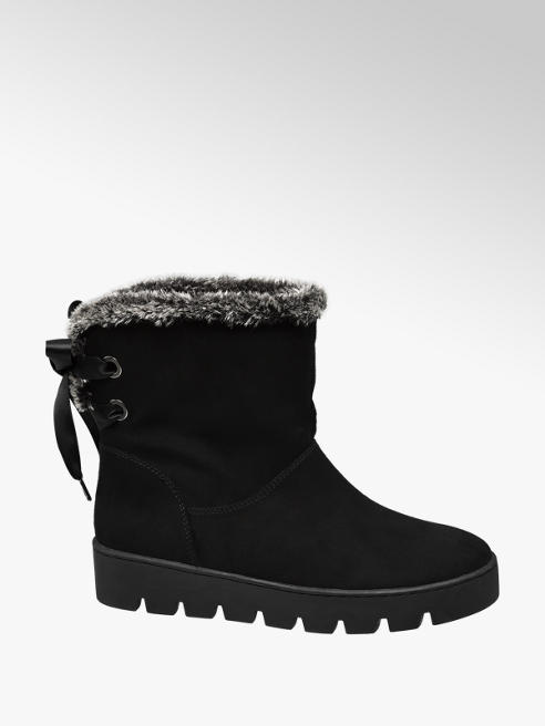 Graceland Black Fur Lined Lace Up Boots