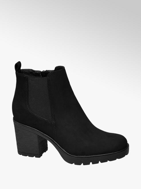 Graceland Heeled Chelsea Boot
