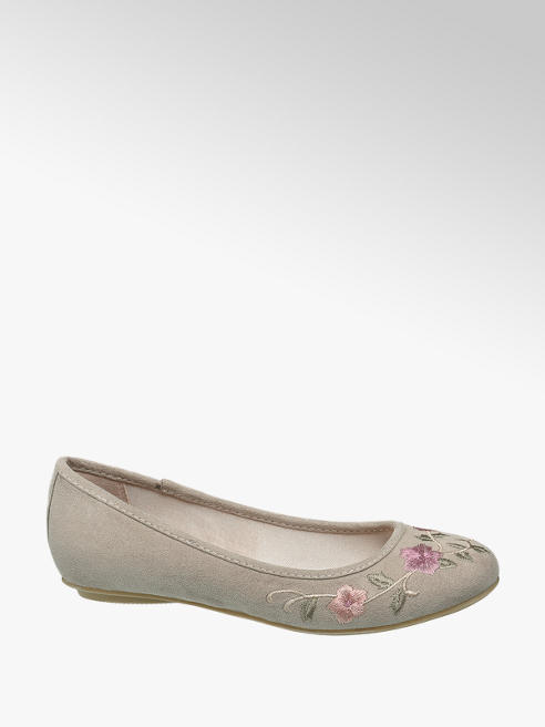 Graceland Junior Girl Embroidered Ballerinas