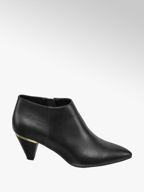 Graceland High Front Pumps