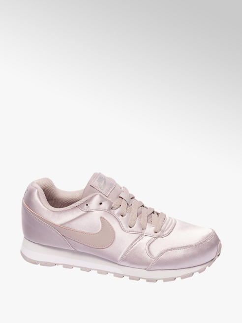 Nike Lila MD runner