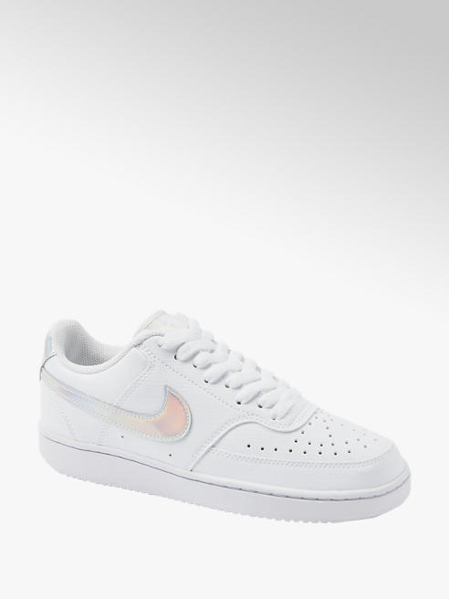 NIKE Sneaker COURT VISION in Weiß mit Metallic Elementen