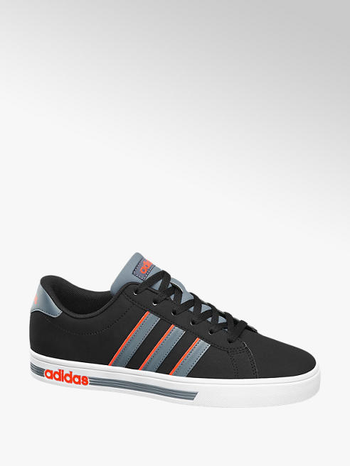 adidas Pantofi cu sireturi pentru barbati DAILY TEAM M