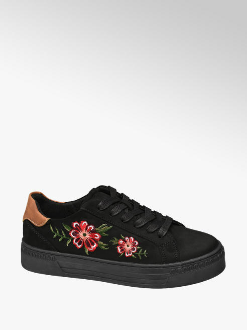 Graceland Sneaker nera con decorazione sulla tomaia